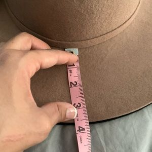 Accessories - 100% WOOL | black hat wide brim adjustable fit